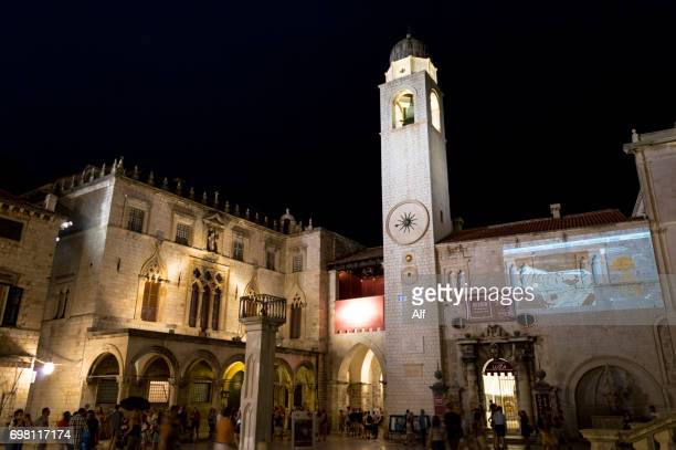 luza square and bell tower, old town, dubrovnik, dalmatia, croatia - limestone pavement stockfoto's en -beelden