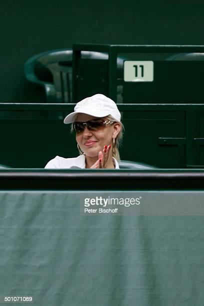 "Luzandra Strassburg , Promi-Doppel gegen R.B l a n c o gegen F l o r i a n K e h r m a n n ,16. ""Gerry Weber Open"", Promi-Tennis-Turnier, Halle,..."