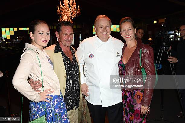 Luzi Seitz Max Tidof Alfons Schuhbeck and Lisa Seitz attend the 'Teatro Summer Night's Premiere In Munich' on May 23 2015 in Munich Germany