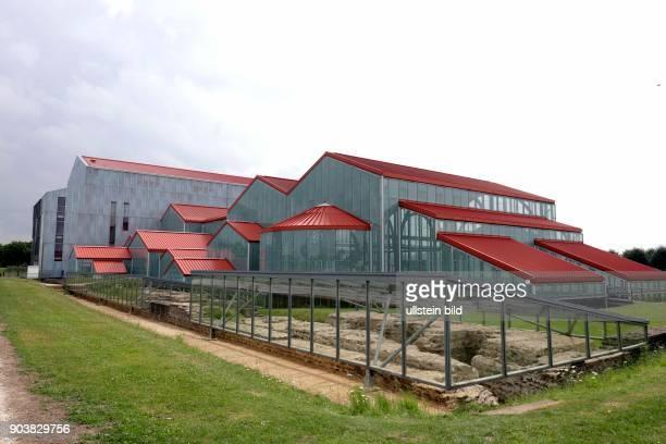 LVRArchäologische Park in Xanten Das LVRRömerMuseum ist seit seiner Eröffnung 2008 das Herzstück des Archäologischen Parks Die Architektur zitiert...