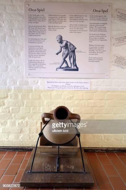 LVRArchäologische Park in Xanten Das römische Spielehaus im APX zeigt und erklärt die schönsten Spiele aus römischer Zeit wie Mühle Backgammon oder...