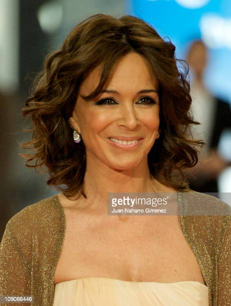 Lydia Bosch arrives to the 2011 edition of the 'Goya Cinema Awards' ceremony at Teatro Real on February 13 2011 in Madrid Spain