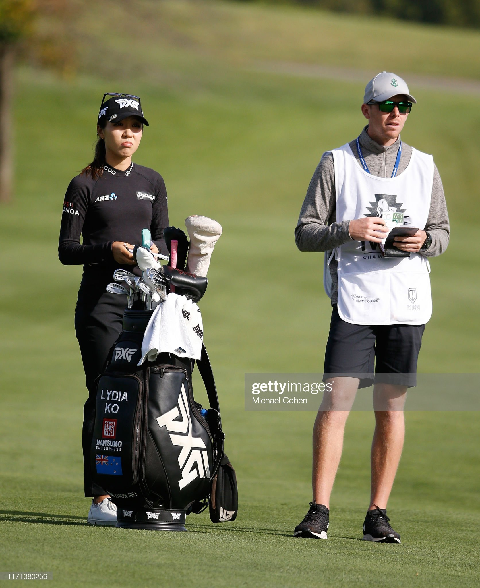 https://media.gettyimages.com/photos/lydia-ko-of-new-zealand-waits-to-play-her-second-shot-on-the-second-picture-id1171380259?s=2048x2048