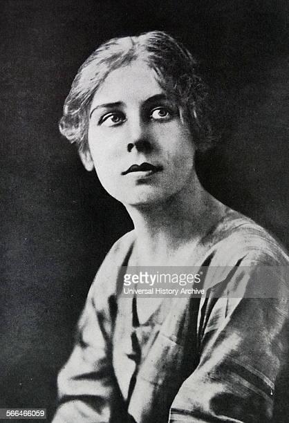 Lydia lopovka wife of economist John Maynard Keynes 1940. Lydia Lopokova, Baroness Keynes was a famous Russian ballerina during the early 20th...