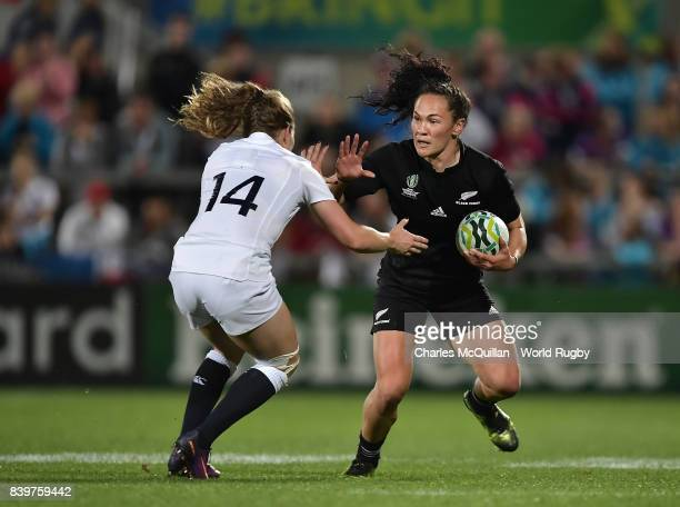 Lydia Thompson of England and Portia Woodman of New Zealand during the Women's Rugby World Cup 2017 Final between England and New Zealand at Kingspan...