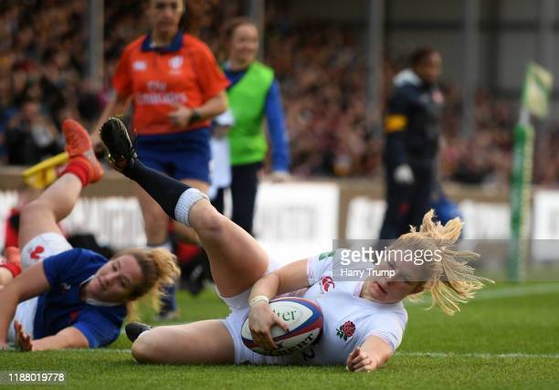 Lydia Thompson of England Women goes over to score her sides first try during the Quilter International match between England Women and France Women...