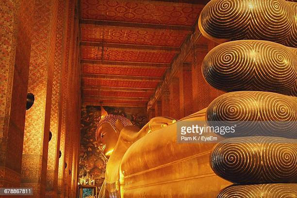 lying buddha statue at wat pho temple - wat pho stock pictures, royalty-free photos & images