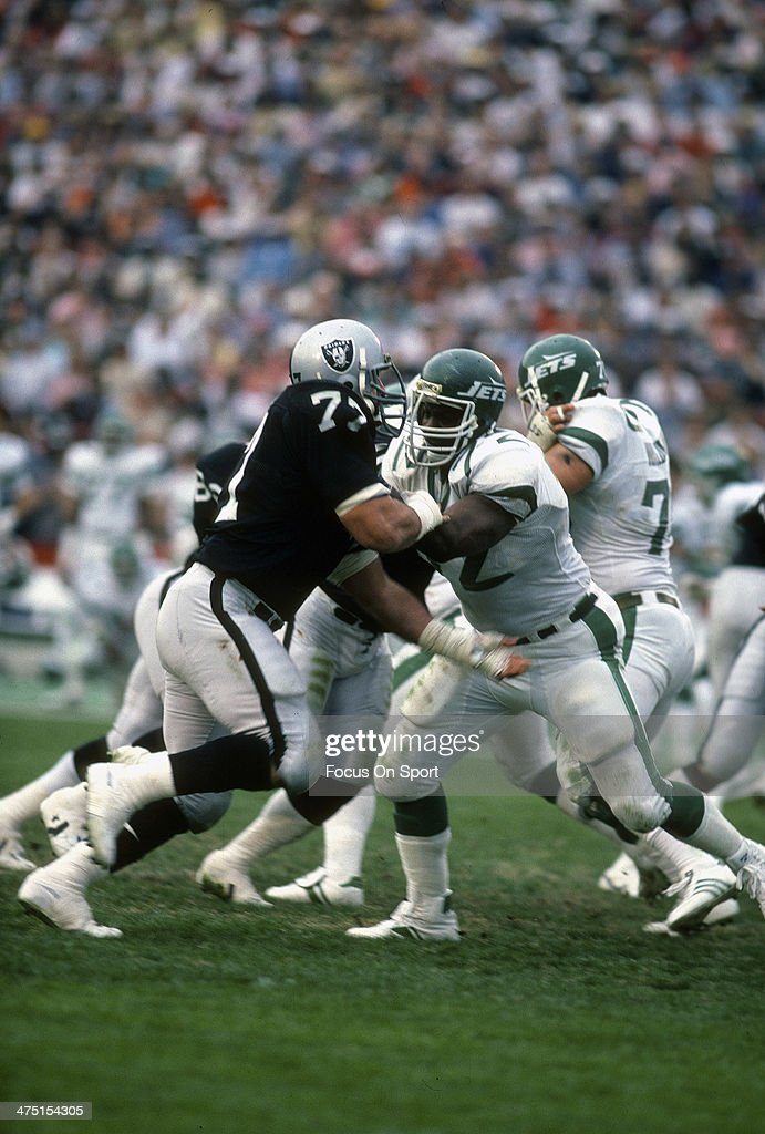 Lyle Alzado of the Los Angeles Raiders in action against the New York Jets during the AFC Divisional Playoff January 15 1983 at the Los Angeles...