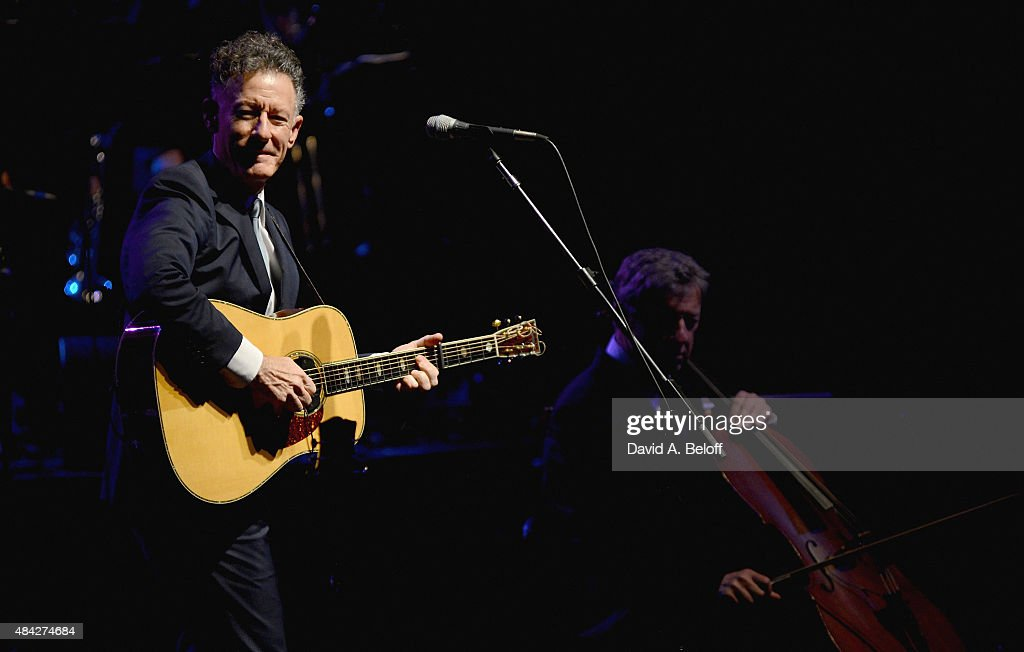 Lyle Lovett And His Large Band In Concert - Virginia Beach, VA