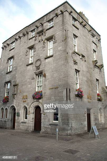 lynch's castle - county galway stock pictures, royalty-free photos & images