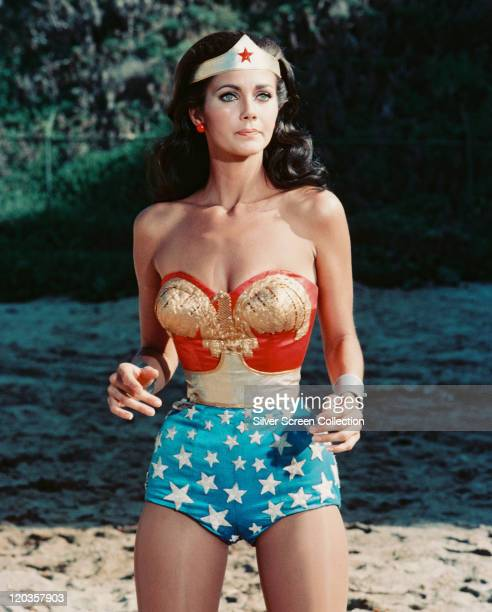 Lynda Carter, US actress, in costume in a publicity still issue for the US television series, 'Wonder Woman', circa 1977. The televsiion series,...