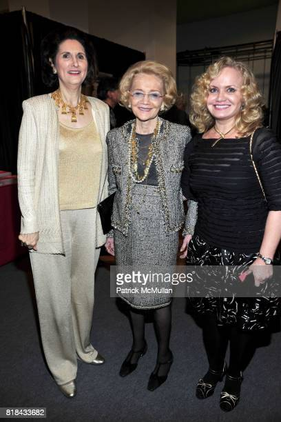 Lynda Johnson Robb Agnes Nixon and Emily Nixon attend THE AMERICAN ANTIQUES SHOW BENEFIT PREVIEW Celebrates TEXAS Sponsored by The Magazine ANTIQUES...