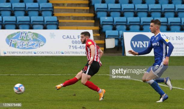 Lynden Gooch of Sunderland scores the second goal during the Sky Bet League One match between Gillingham and Sunderland at MEMS Priestfield Stadium...