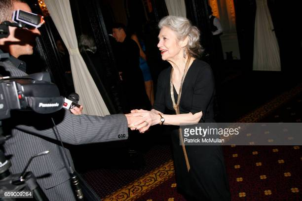 Lynn Cohen attends The DRAMATISTS GUILD FUND Annual Benefit Gala at The Hudson Theatre on April 20 2009 in New York City