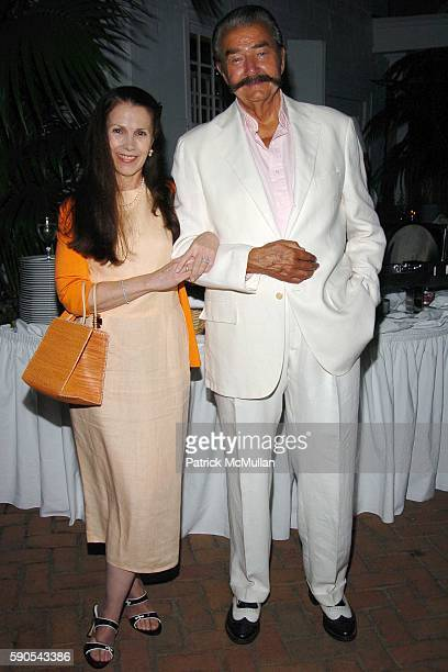Lynn Quayle and LeRoy Neiman attend The Summertimes Polo Gala Honoring LeRoy Neiman at Nello Summertimes on August 27 2005 in Southampton NY