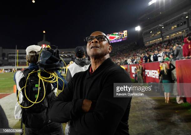 Lynn Swann athletic director of USC reacts late in the second half during the college football game against Notre Dame Fighting Irish at the Los...