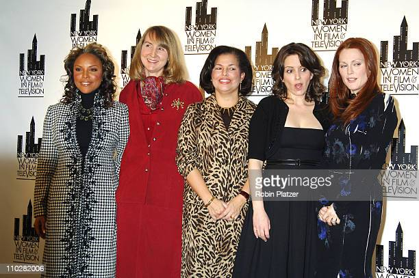 Lynn Whitfield emcee with honorees Susan Morse Debra Lee Tina Fey and Julianne Moore