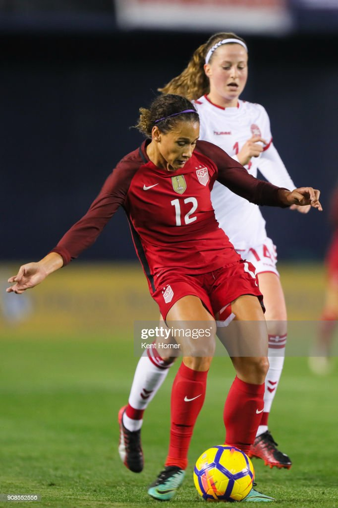 Lynn Williams #12 of the U.S. women's national team passes the ball during the second half against the Danish women's national team at SDCCU Stadium on January 21, 2018 in San Diego, California.