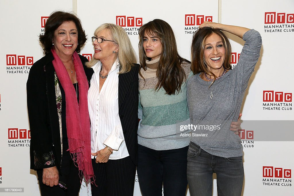 Lynne Meadow, Blythe Danner, Amanda Peet and Sarah Jessica Parker attend 'The Commons Of Pensacola' Off Broadway cast photo call at Manhattan Theatre Club Rehearsal Studios on September 25, 2013 in New York City.