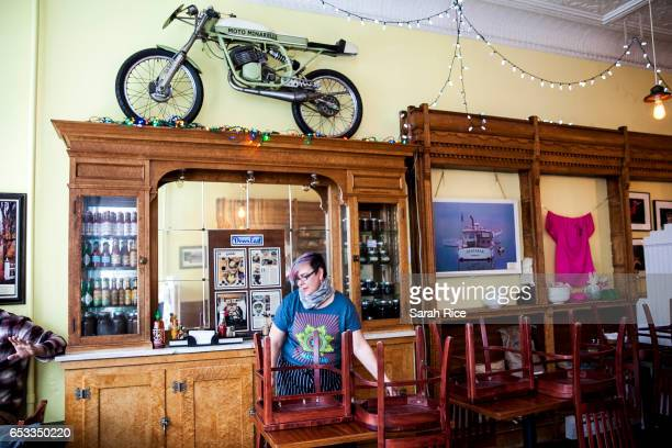 Lynx Eckmann closes up shop early at BoyntonMcKay Food Co on March 14 2017 in Camden Maine The restaurant opened for breakfast but then closed at...