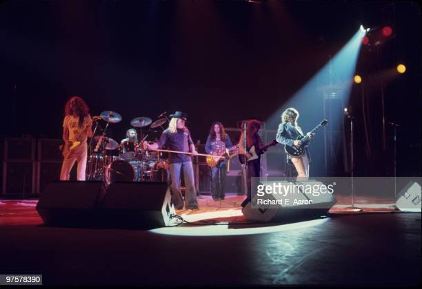 Lynyrd Skynyrd perform live on stage in New York in October 1976 LR Allen Collins Artimus Pyle Ronnie Van Zant Gary Rossington Leon Wilkeson Steve...
