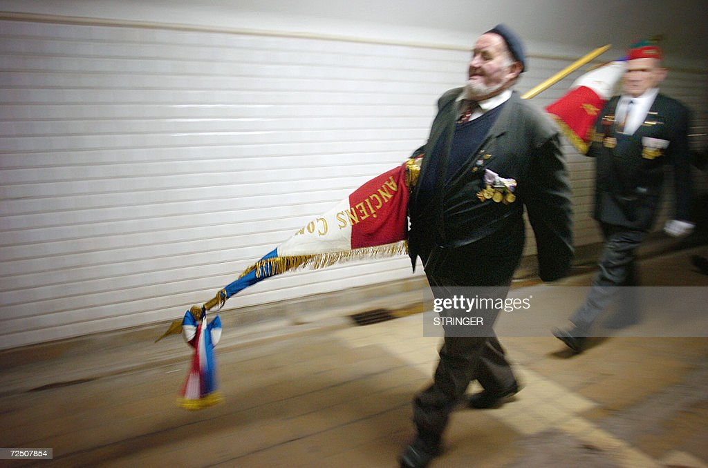 Des anciens combattants s'appretent a pa : Nieuwsfoto's