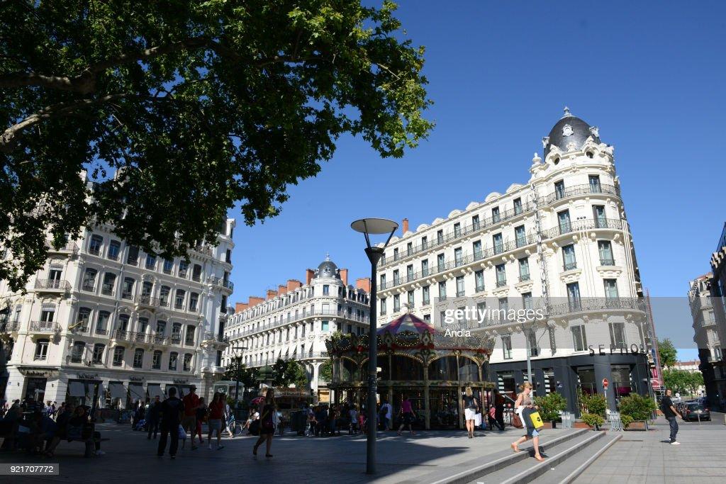 'Place de la Republique' square in the district of La Presqu'ile (The Headland).