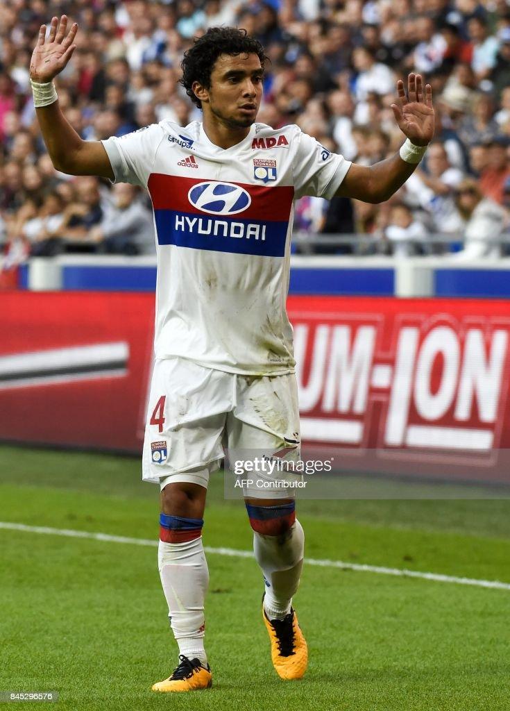 Olympique Lyonnais v EA Guingamp - Ligue 1