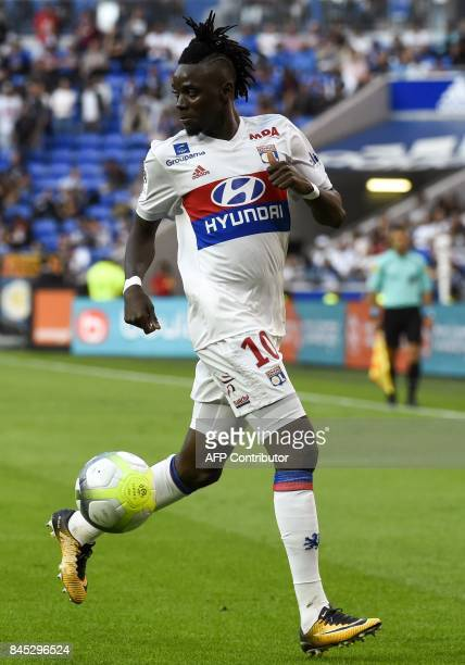 Lyon's Burkinabe forward Bertrand Traore controls the ball during the French L1 football match Lyon vs Guingamp , on September 10, 2017 at the...