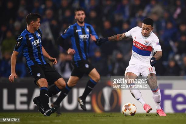 Lyon's Dutch forward Memphis Depay controls the ball during the UEFA Europa League group E football match Atalanta vs Olympique Lyonnais at the Mapei...