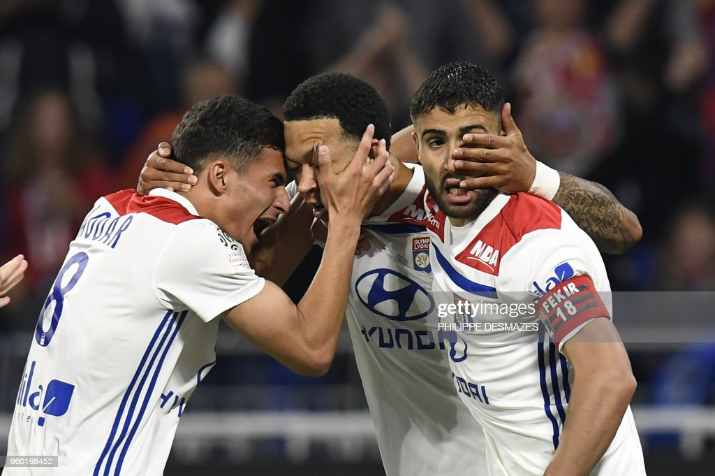 FBL-FRA-LIGUE1-LYON-NICE : News Photo
