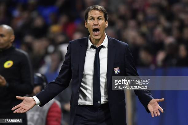 Lyon's French coach Rudi Garcia reacts on the sidelines during the French L1 football match between Olympique Lyonnais and FC Metz at the Groupama...