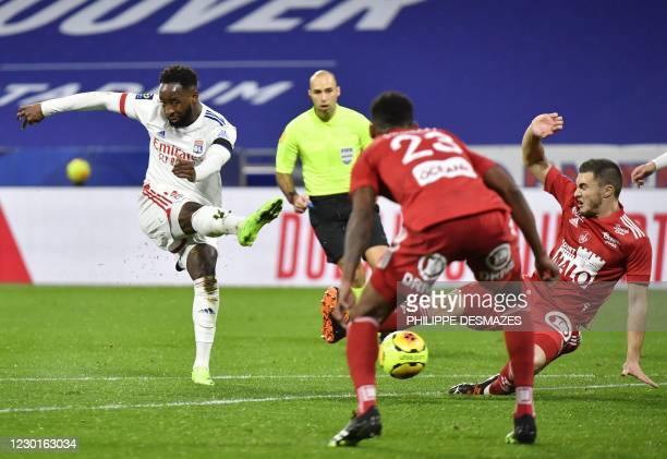 Lyon's French forward Moussa Dembele kicks the ball during the French L1 football match between Olympique Lyonnais and Le Stade Brestois 29 at the...