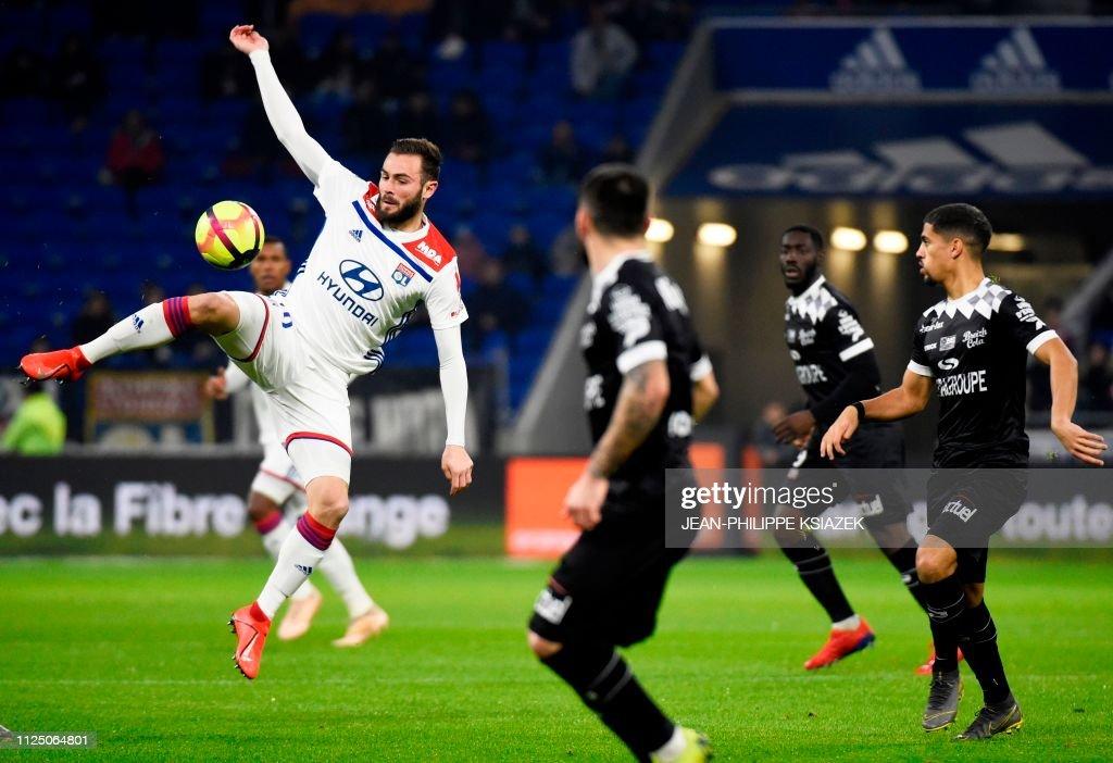 FRA: Olympique Lyon v EA Guingamp - Ligue 1
