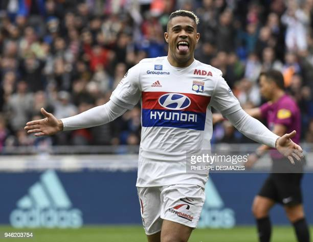 Lyon's Spanish forward Mariano Diaz reacts after scoring during the French L1 football match between Olympique Lyonnais and Amiens Sporting Club on...