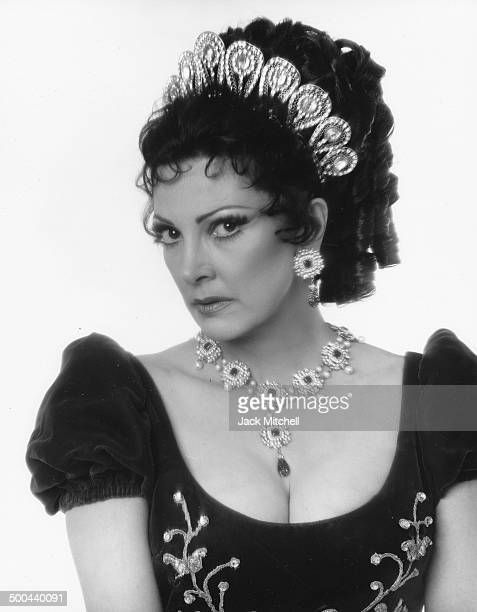 Lyriccoloratura soprano Anna Moffo photographed in New York in 1977