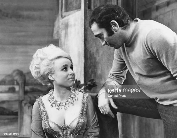 Lyricist and composer Lionel Bart with actress Barbara Windsor during rehearsals for Bart's musical 'Twang' at the Shaftesbury Theatre London 15th...