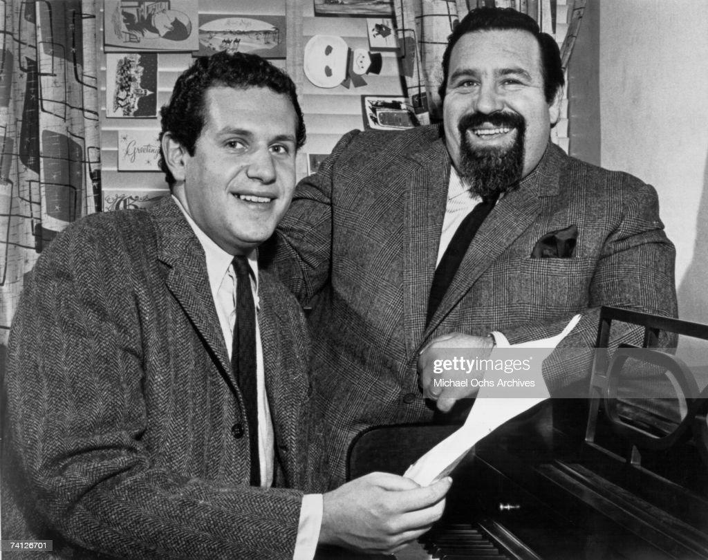 December 1958 Lyricist Doc Pomus and Pianist Mort Shuman in their studio : News Photo