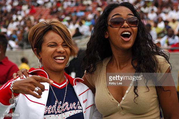 MC Lyte and Ananda Lewis at the Silver Dollar Classic at the Los Angeles Memorial Coliseum in Los Angeles Calif on Saturday September 30 2006