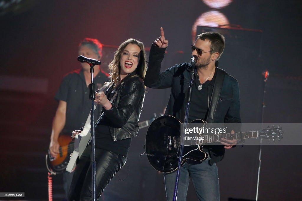 2014 CMT Music Awards - Show : News Photo