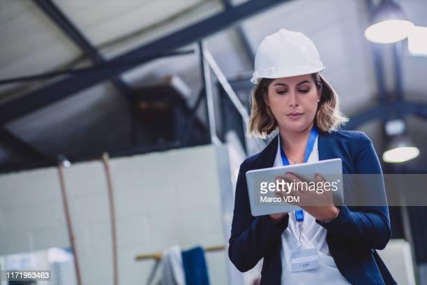 voy a tomar nota de eso - ingeniero civil fotografías e imágenes de stock