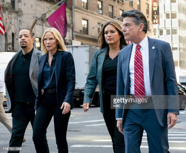UNIT I'm Going to Make You a Star Episode 21001 Pictured Ice T as Sergeant Odafin Fin Tutuola Kelli Giddish as Detective Amanda Rollins Mariska...