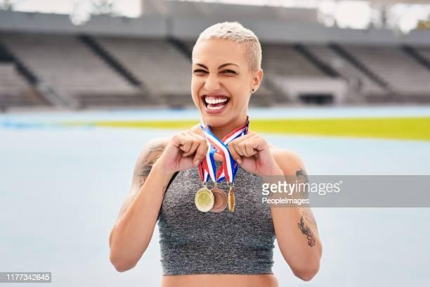 私はメダル豚のようなものです - オリンピック選手 ストックフォトと画像