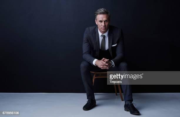 """ich bin nicht """"like a boss"""". ich bin der boss - sitzen stock-fotos und bilder"""