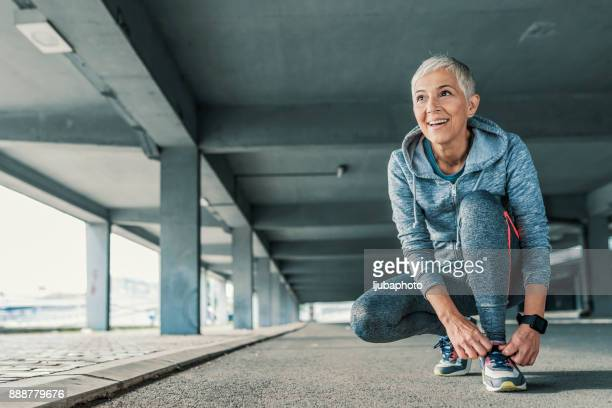 i'm ready to hit the road - older woman stock pictures, royalty-free photos & images