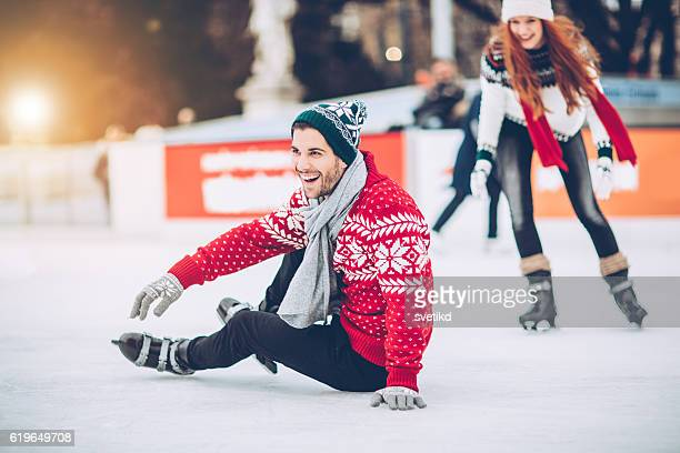i'm still learning how to skating on ice - winter sport stock pictures, royalty-free photos & images