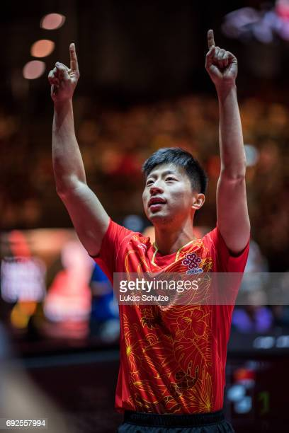 Ma Long celebrates after winning the Men's Singles Final match of the Table Tennis World Championship at Messe Duesseldorf on June 5 2017 in...