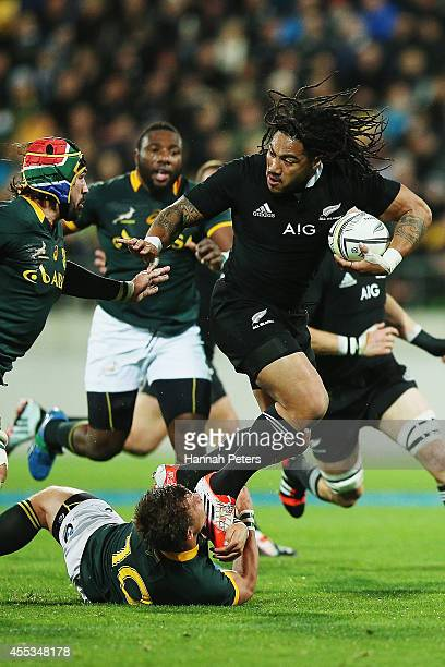 Ma'a Nonu of the All Blacks makes a break during The Rugby Championship match between the New Zealand All Blacks and the South Africa Springboks at...
