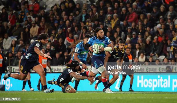 Ma'a Nonu of the Blues makes a break during the round 10 Super Rugby match between the Highlanders and the Blues at Forsyth Barr Stadium on April 20...