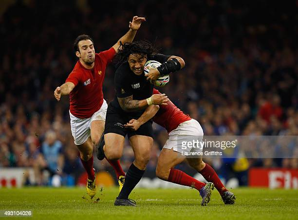Ma'a Nonu of the New Zealand All Blacks takes on Brice Dulin of France and Morgan Parra of France during the 2015 Rugby World Cup Quarter Final match...